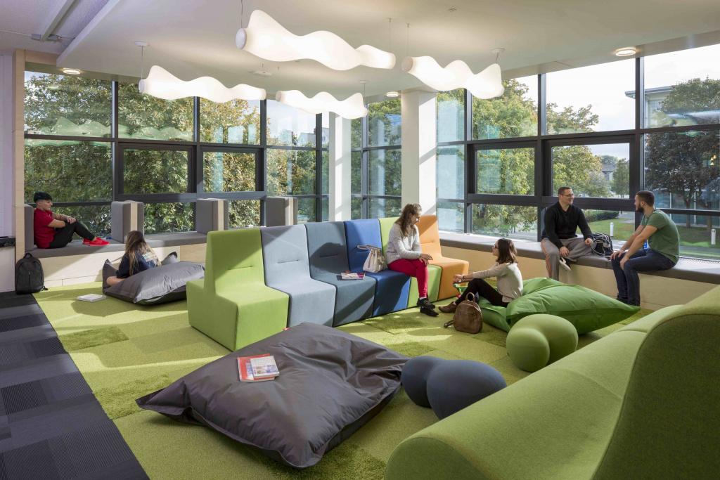 Teesside University Library 1
